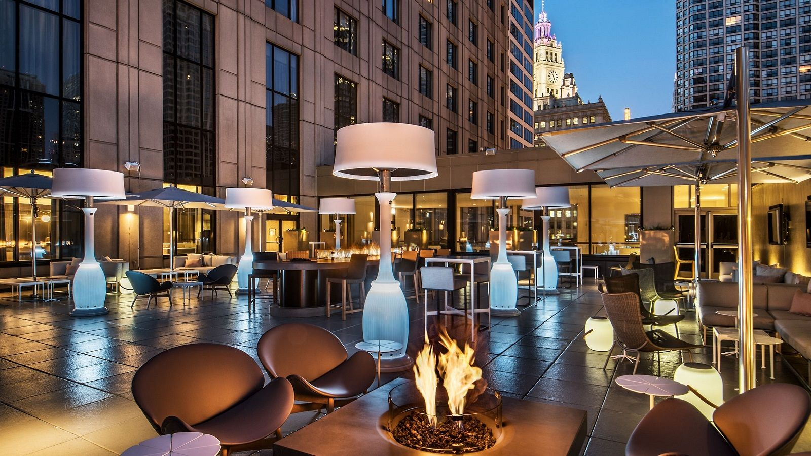 Chicago Restaurants - outdoor terrace
